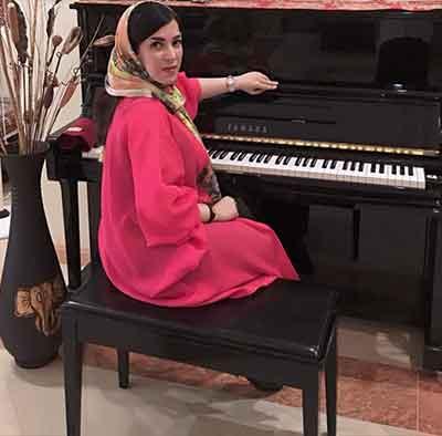 شهرزاد-افرند-آموزش-پیانو-اساتید-آموزشگاه-ناردونه